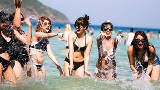 Shipsomnia: SOS Beach Festival at Banana Beach, Koh Hey (Phuket)